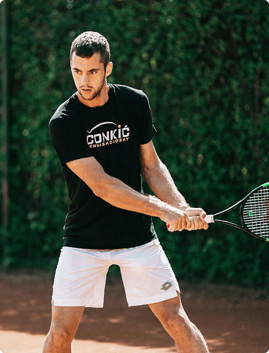 tennis player laslo djere training
